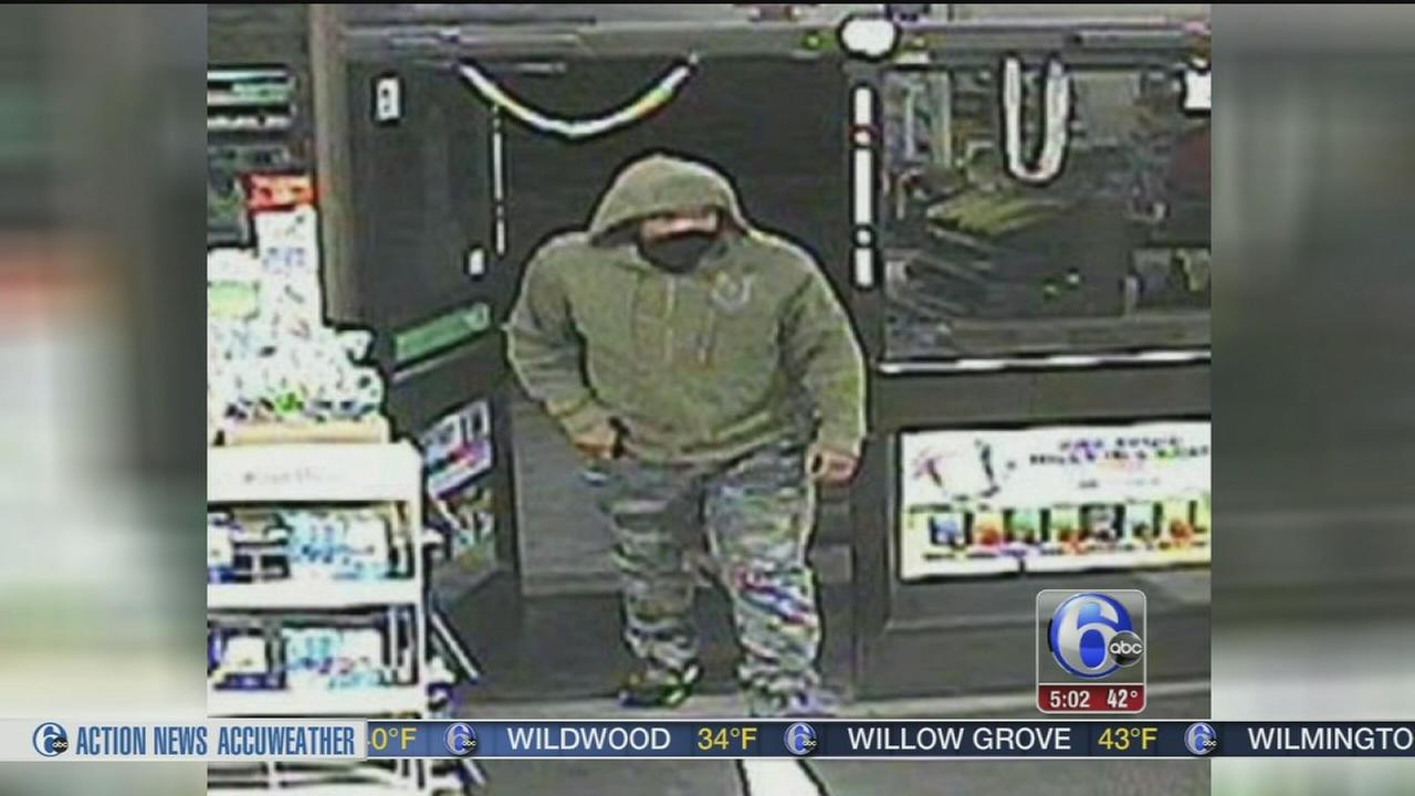 VIDEO: Suspect sought after 7-Eleven clerk shot in Upper Darby
