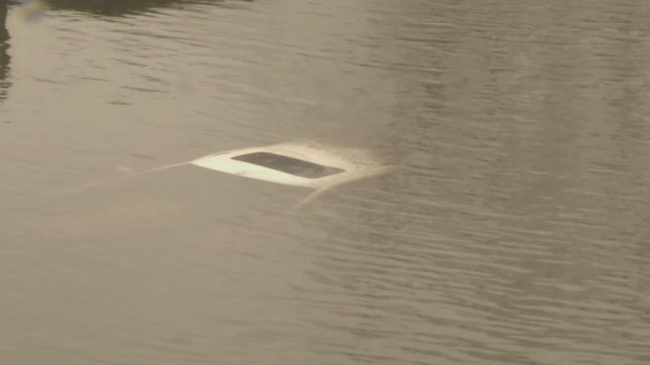 VIDEO: Vehicle found in Schuylkill River in Chester County