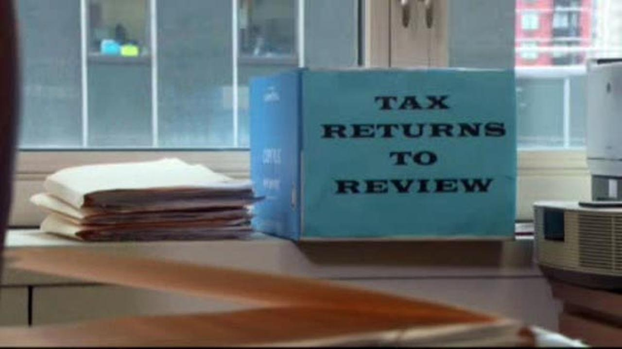 Tax day isnt for another two months but there are significant advantages to filing early.