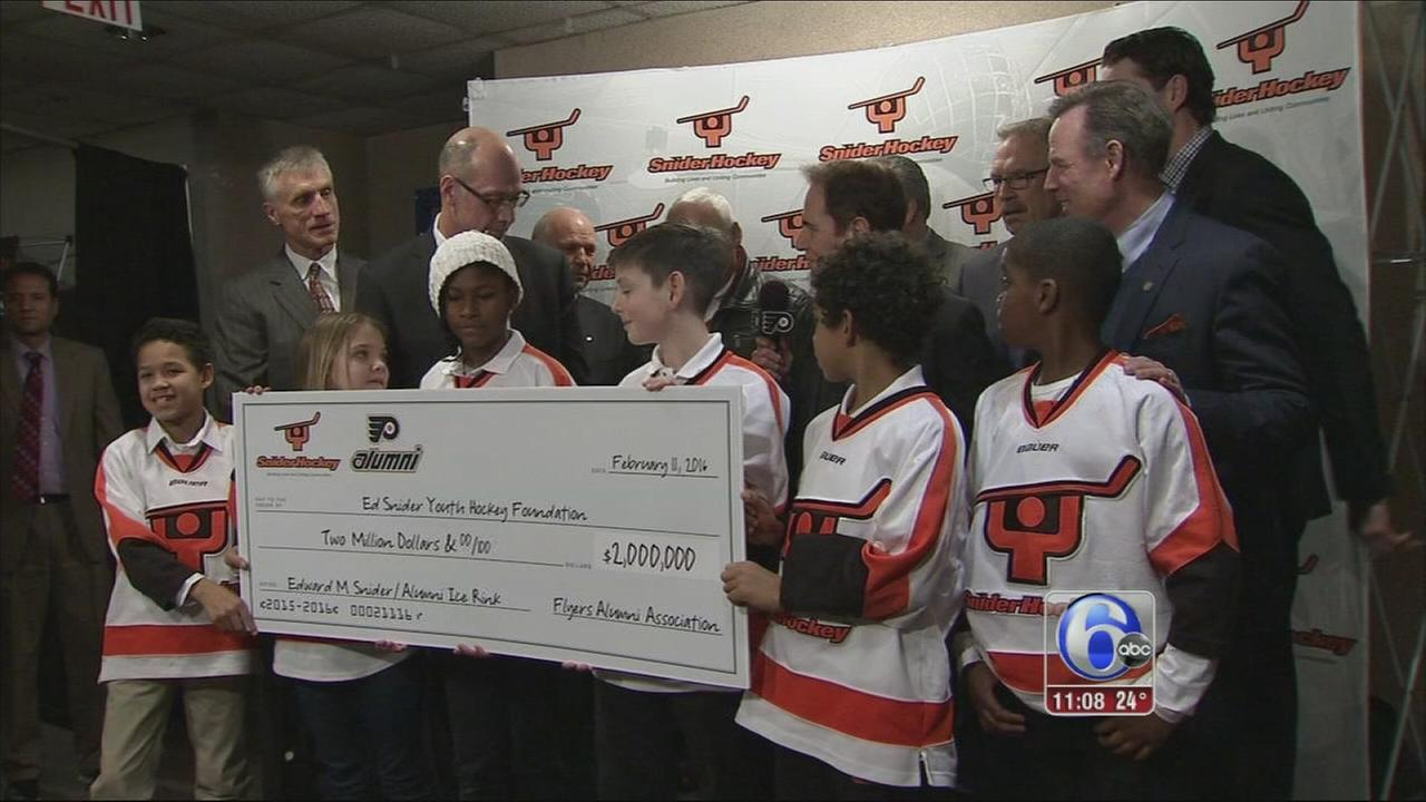 Flyers alumni reach out to fan youth