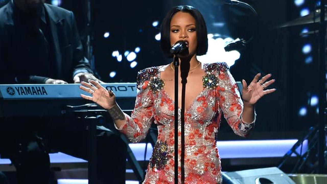 Rihanna performs Say You Say Me at the MusiCares Person of the Year tribute honoring Lionel Richie at the Los Angeles Convention Center on Saturday, Feb. 13, 2016.