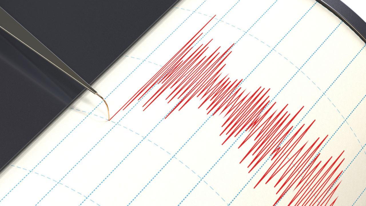 Magnitude 7.2 earthquake hits region between Iraq, Iran