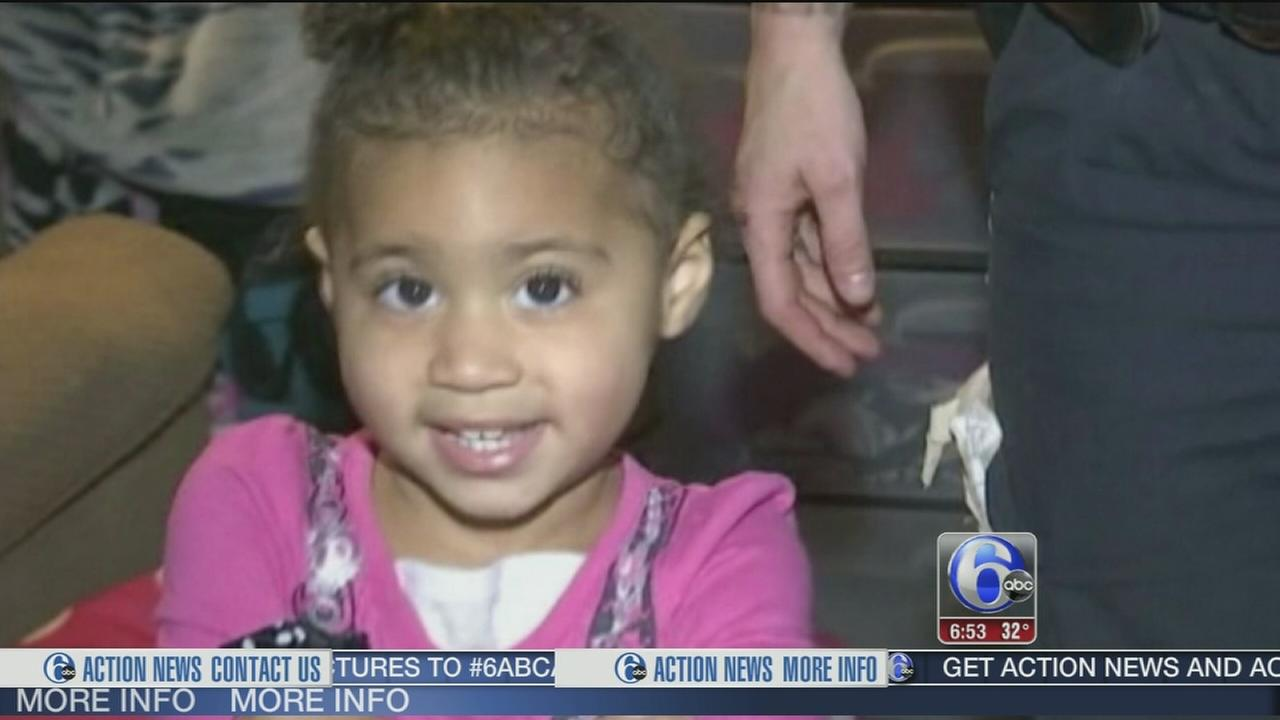 VIDEO: 2-year-old calls 911 for fashion advice