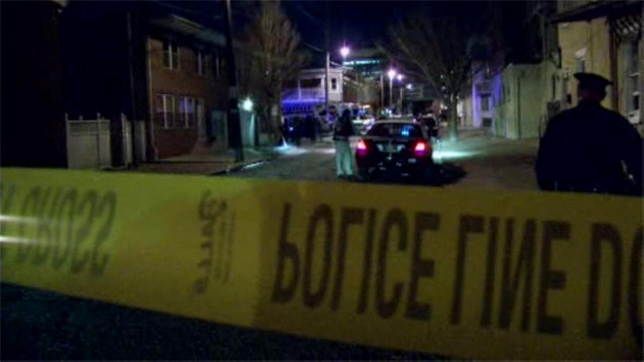 Man, 21, shot in chest in Wilmington