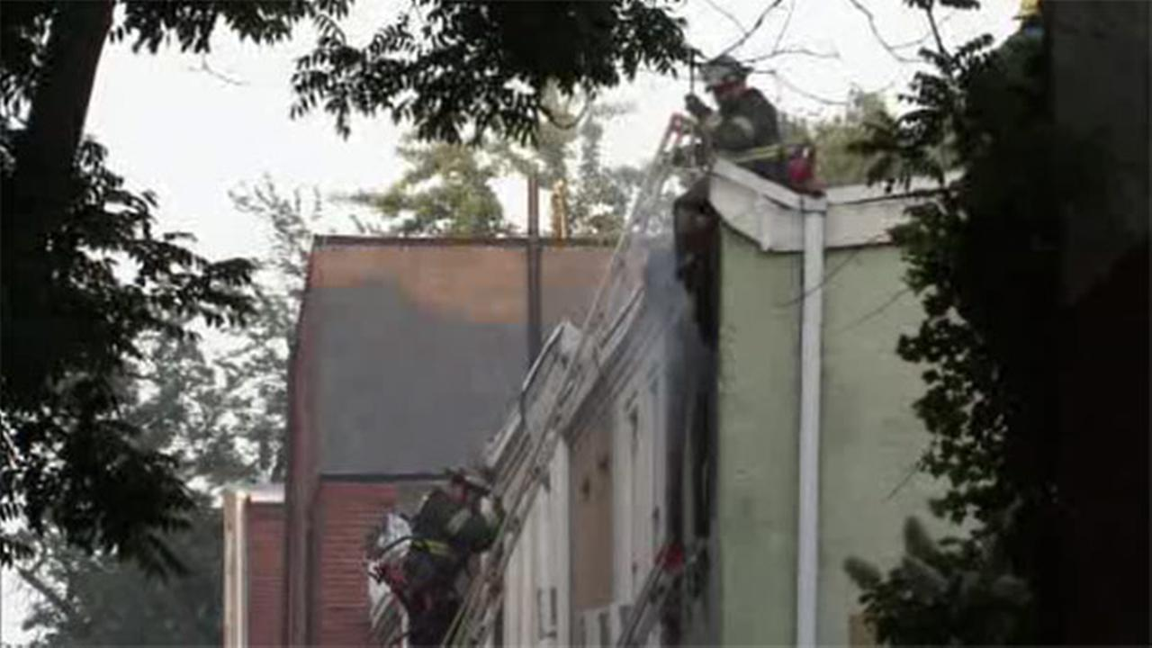 3 displaced in Center City house fire