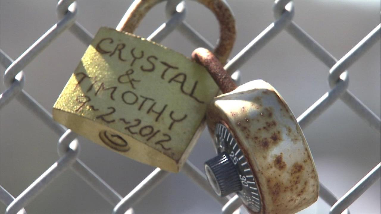 Pictured: ?Love Locks? on an I-295 overpass in Bordentown, New Jersey.
