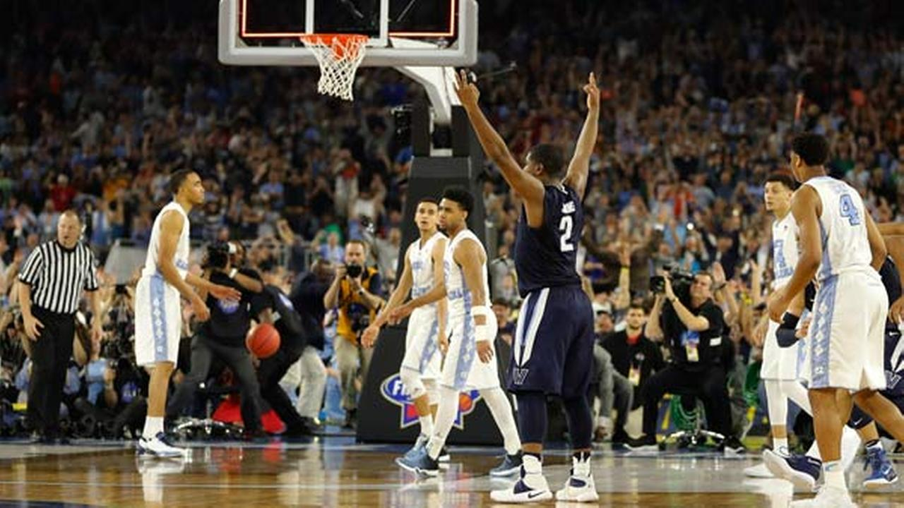 Villanovas Kris Jenkins (2) reacts to his gamne winning three point basket at the conclusion of the NCAA Final Four tournament  championship. AP Photo/Kiichiro Sato