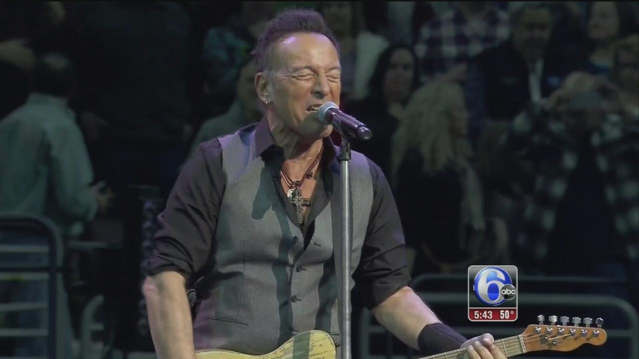 VIDEO: Bruce Springsteen concert