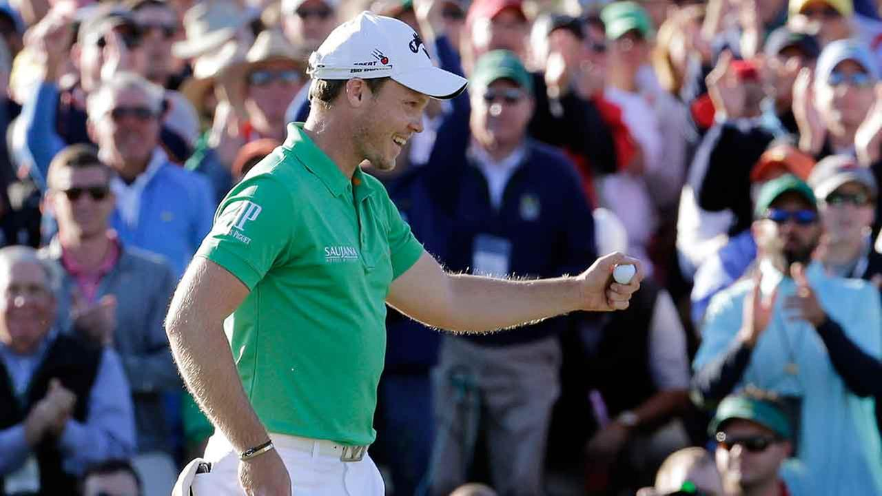 Willett wins the Masters after Spieth collapses