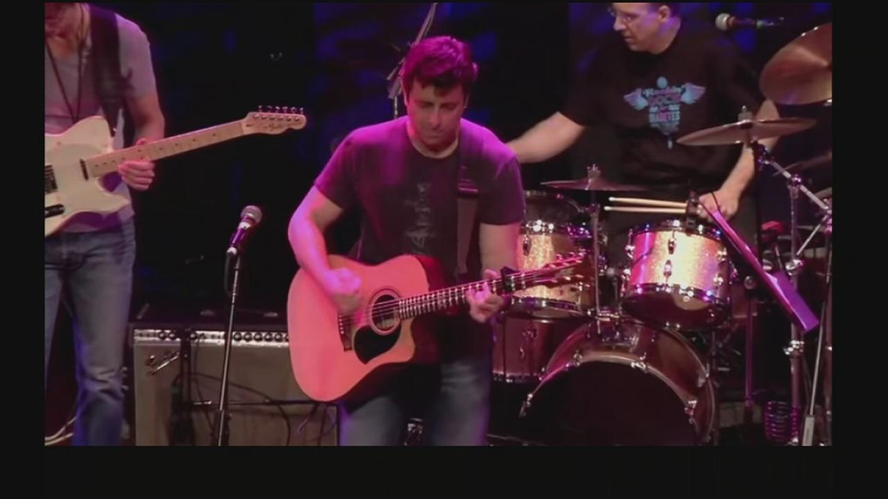 VIDEO: Rock with musically talented docs, help fight diabetes
