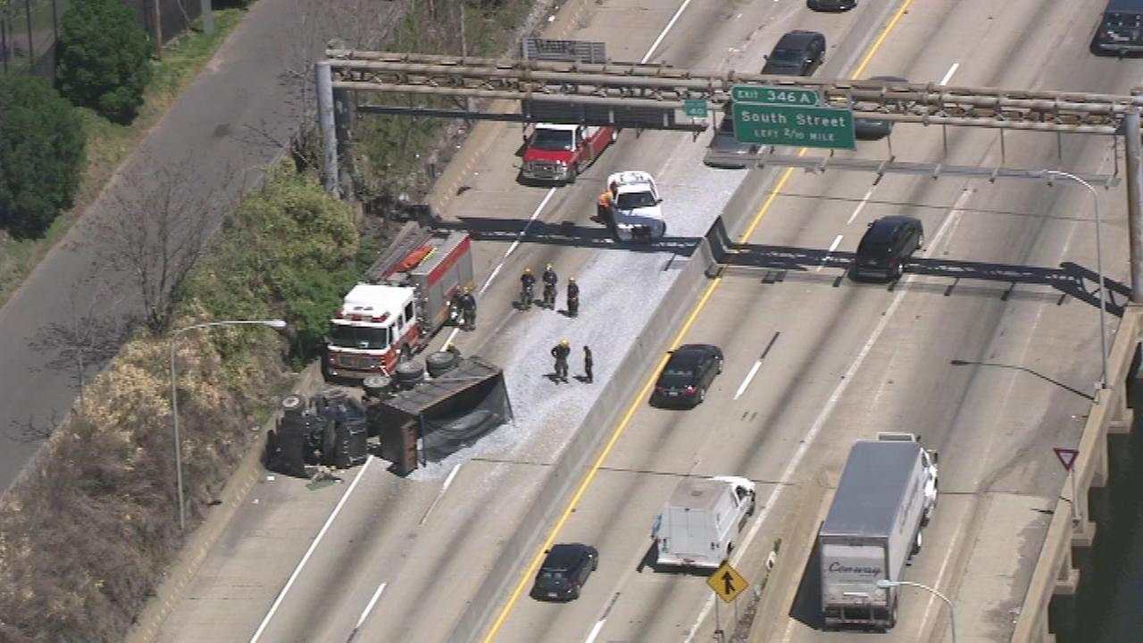 Chopper 6 was over the scene of where a dump truck overturned, spilling its load on the eastbound Schuylkill Expressway in University City on Wednesday.