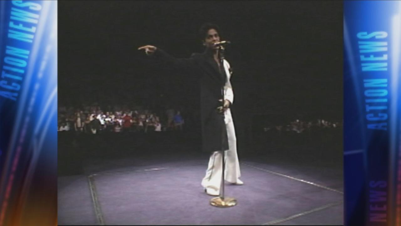 VIDEO: Prince performs at the Wachoiva Center
