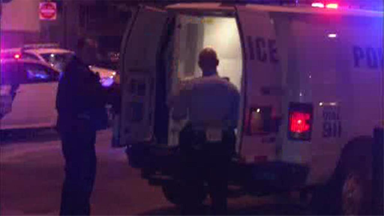 Man wounded in leg after shooting in SW Philadelphia
