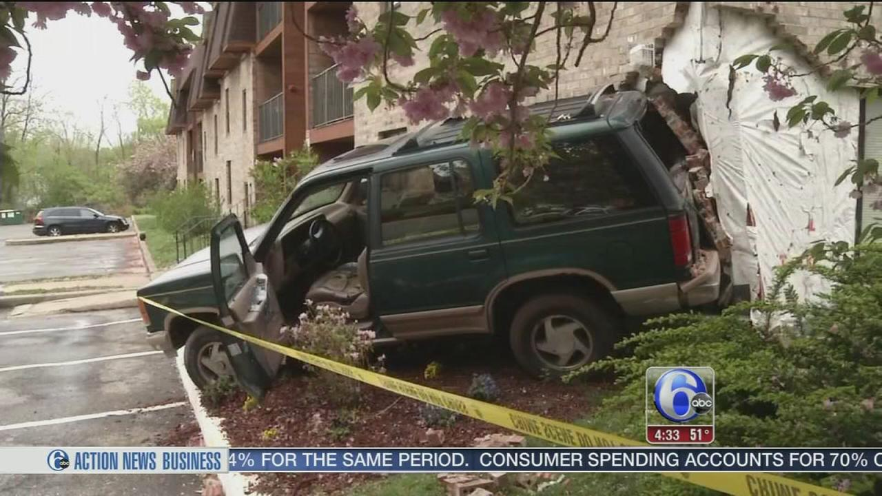 VIDEO: SUV slams into Wilmington apartment building