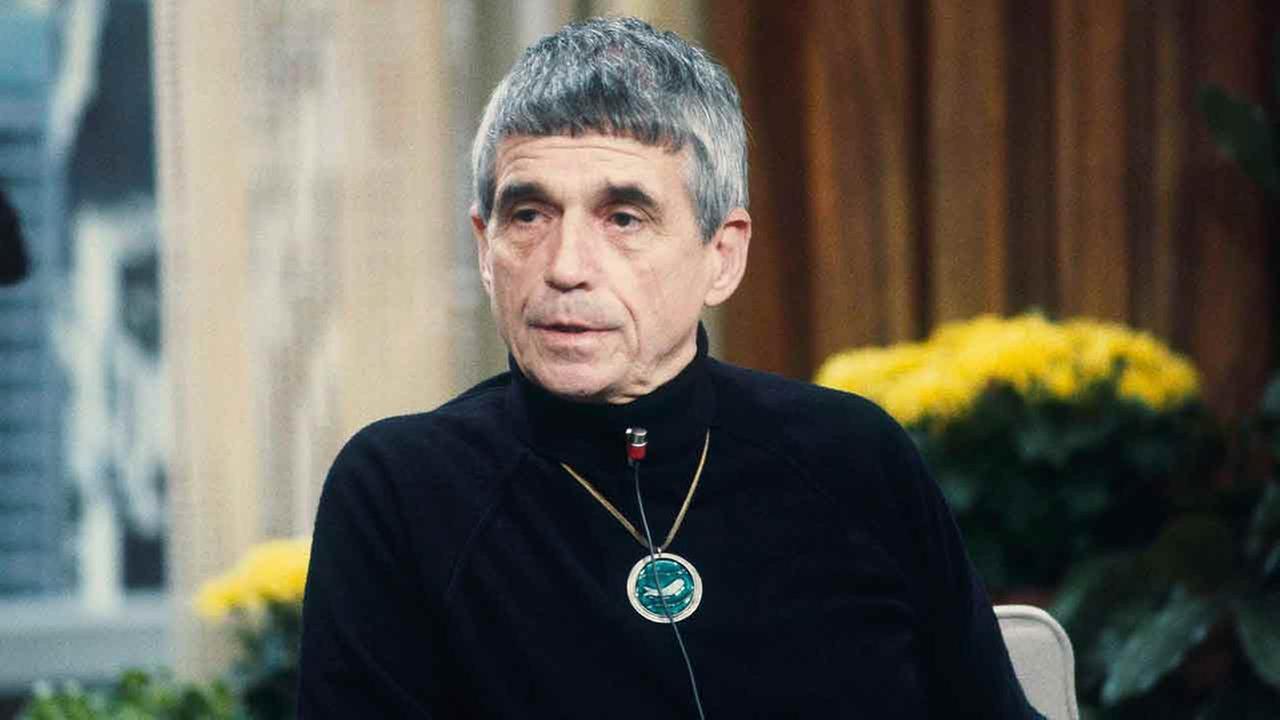 Jesuit priest, peace activist Daniel Berrigan dies at 94