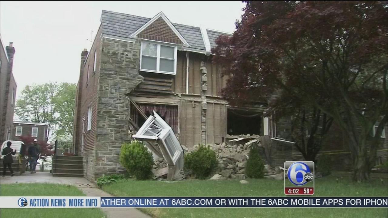 VIDEO: Facade collapse of NE Phila. home