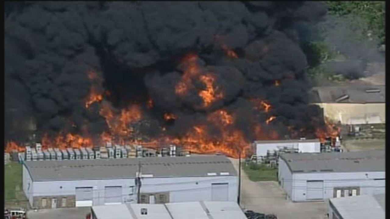 VIDEO:  Large warehouse fire in Houston