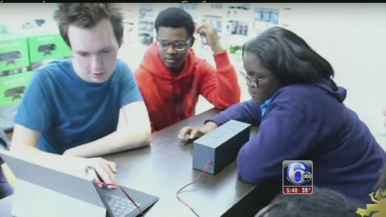 VIDEO: Program aims to regain student interest in music education