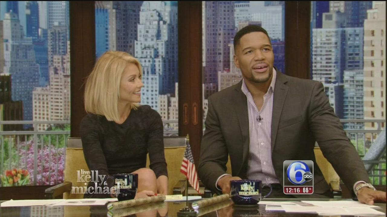 VIDEO: Michael Strahan leaves Live with Kelly and Michael