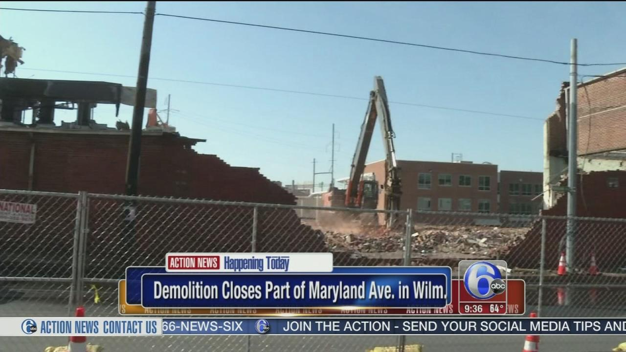 VIDEO: Building demolition causes lane closures  in Wilmington
