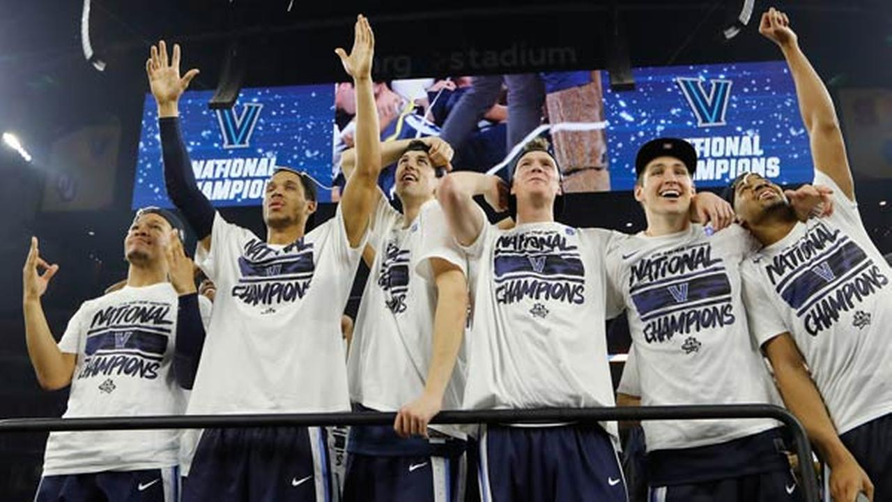 Villanova players celebrate on the court after the NCAA Final Four tournament college basketball championship game against North Carolina, Monday, April 4, 2016.