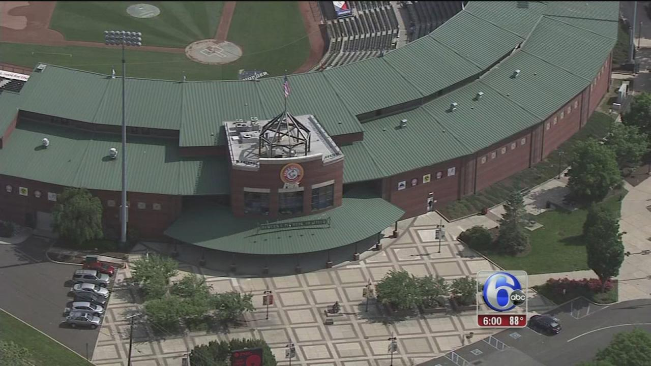 VIDEO: Students sickened by heat at ballpark