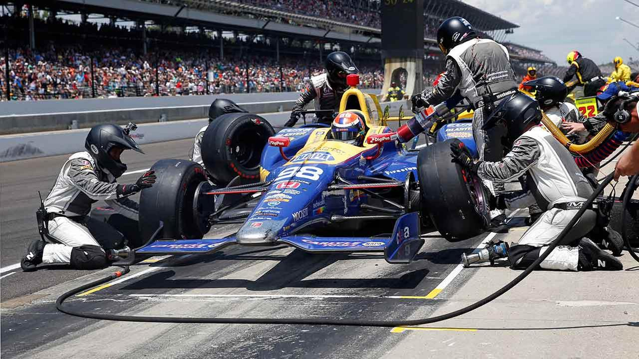 Alexander Rossi pulls off stunning upset in 100th Indy 500