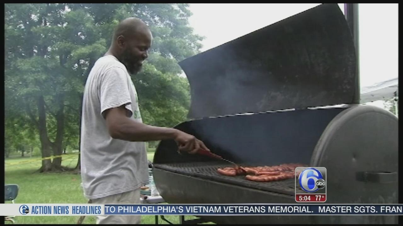 VIDEO: Memorial Day parties unfazed by gray weather