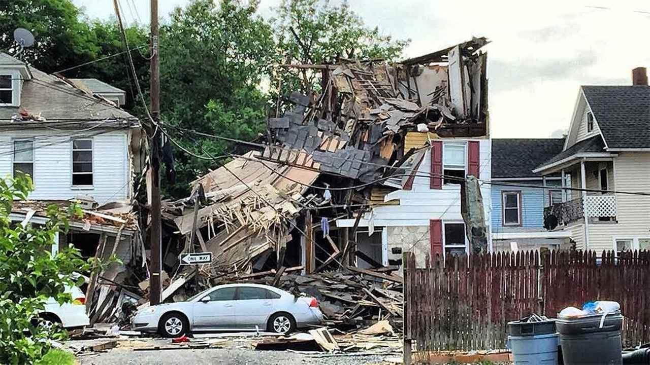 Two people were injured in a house explosion in Warren County.