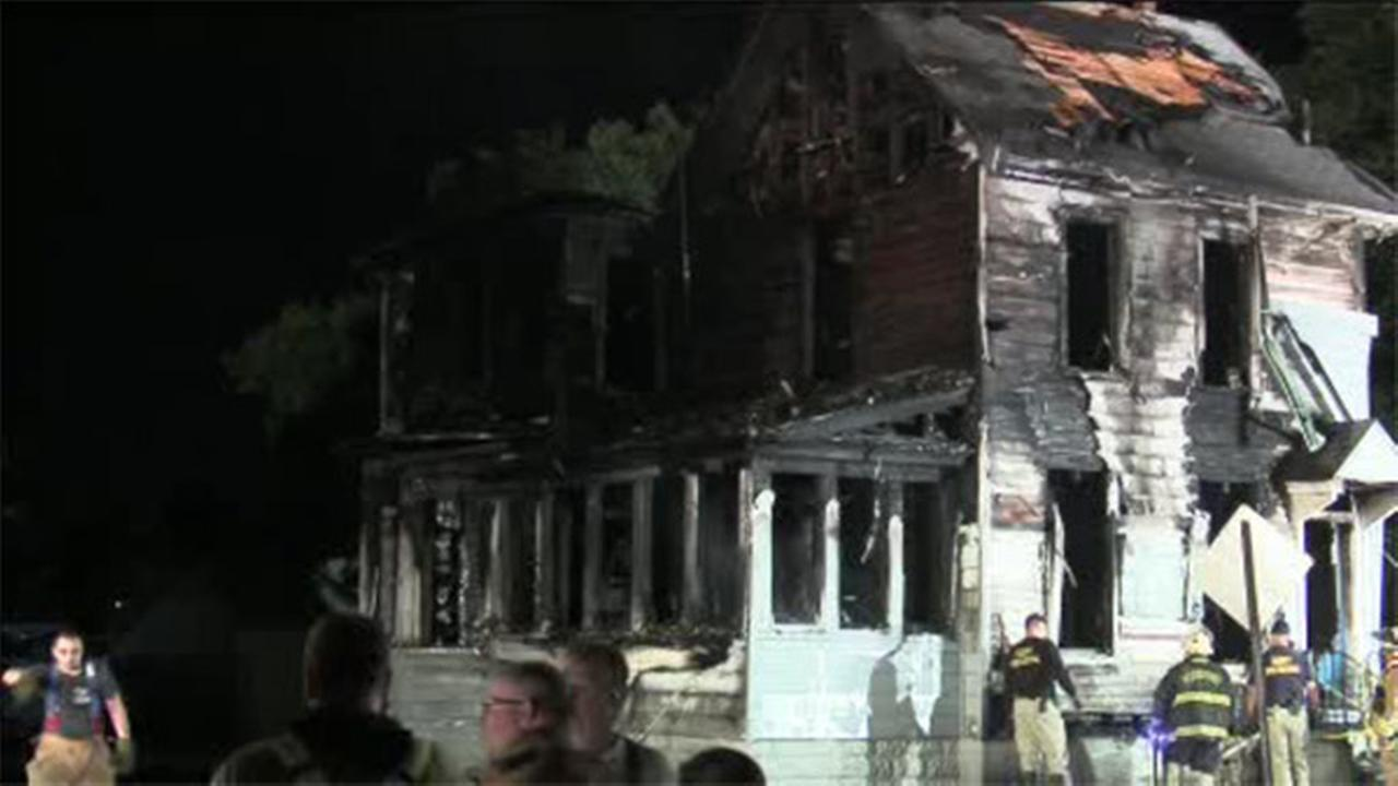 3 injured in fast-moving house blaze in South Jersey