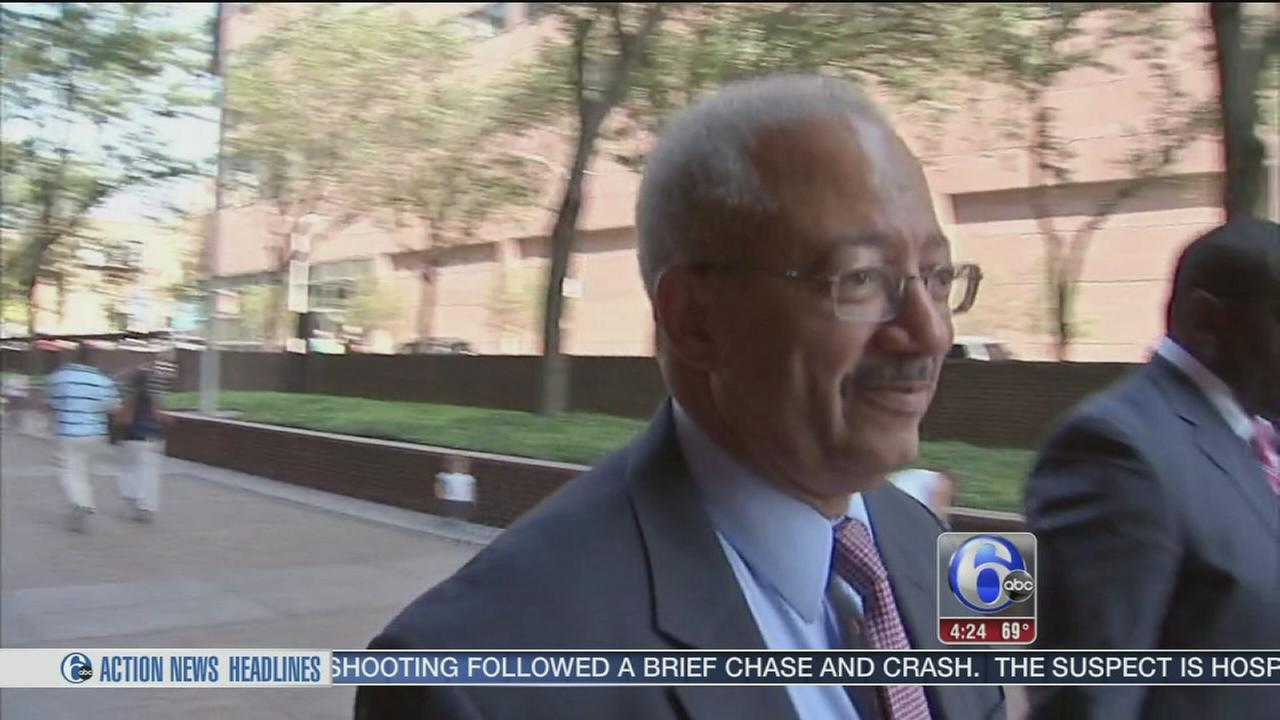 VIDEO: Sources: Problem in Rep. Fattah jury room