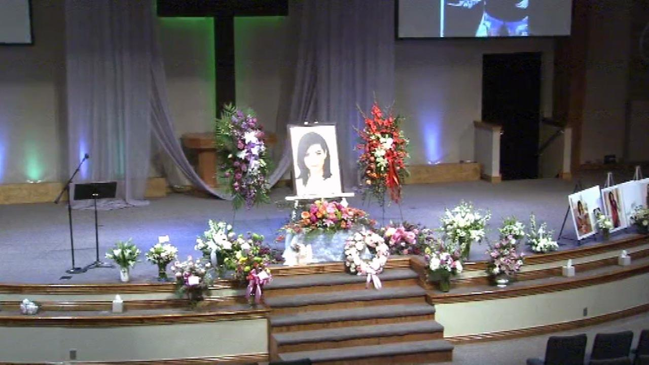 Memorial service held for 'Voice' singer Christina Grimmie