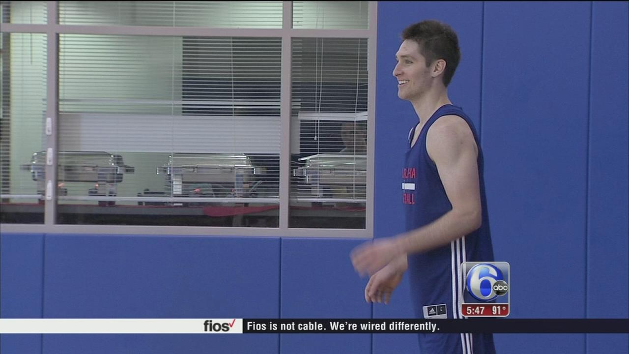 VIDEO: Ryan Arhcidiacano works out with 76ers