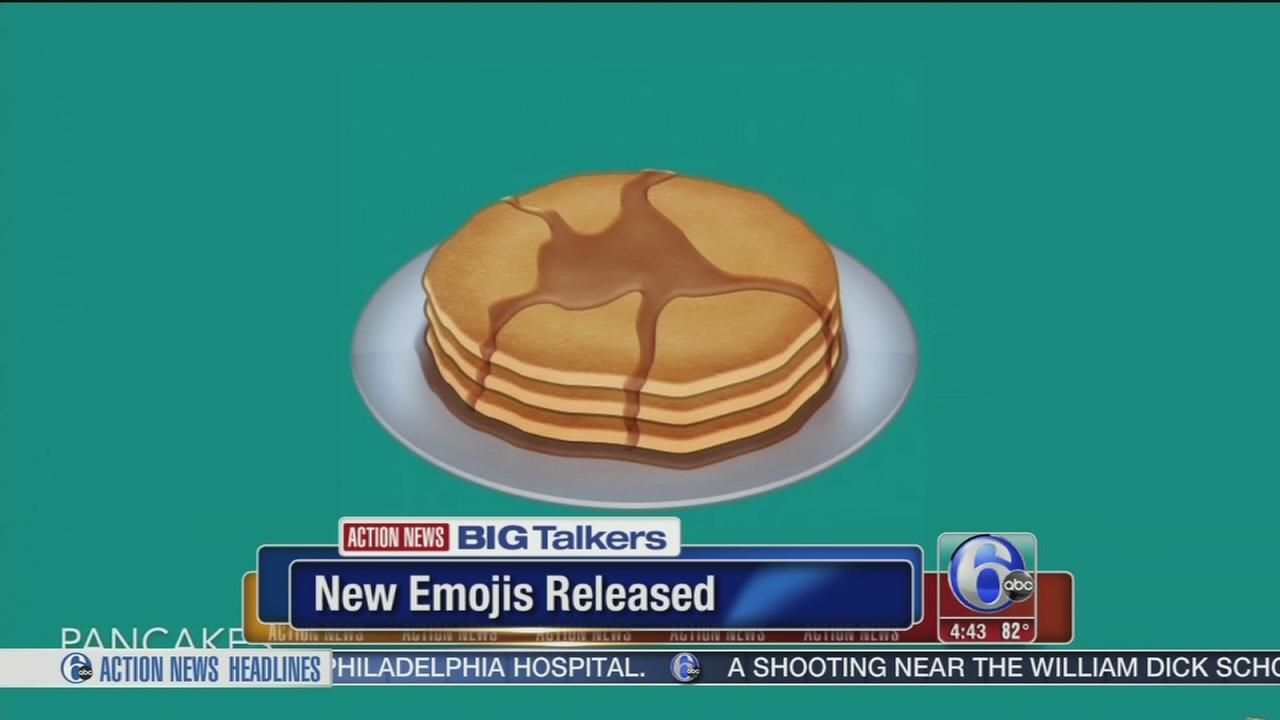 VIDEO: Pregnant woman, Mrs. Claus among 72 new emojis