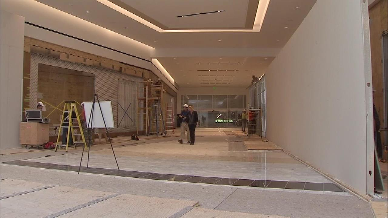 Action News got a special final hard hat tour of the King of Prussia Malls new corridor which links the Court and Plaza.