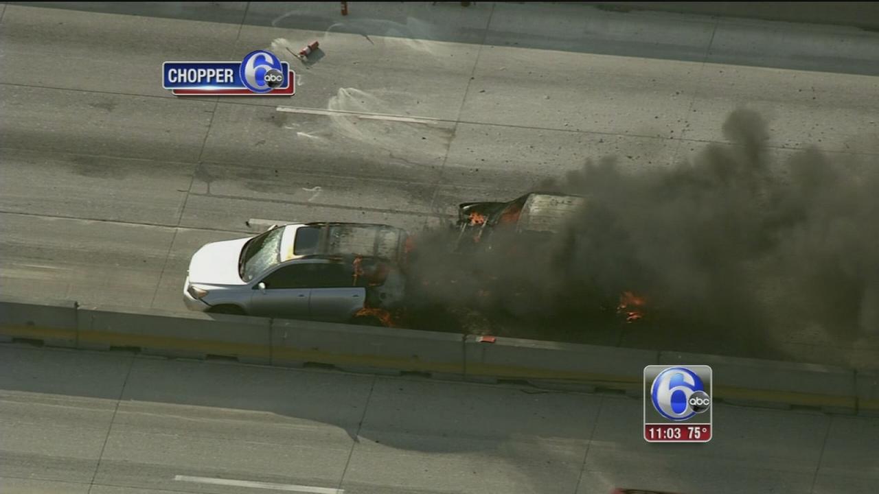 VIDEO: 95 car fire