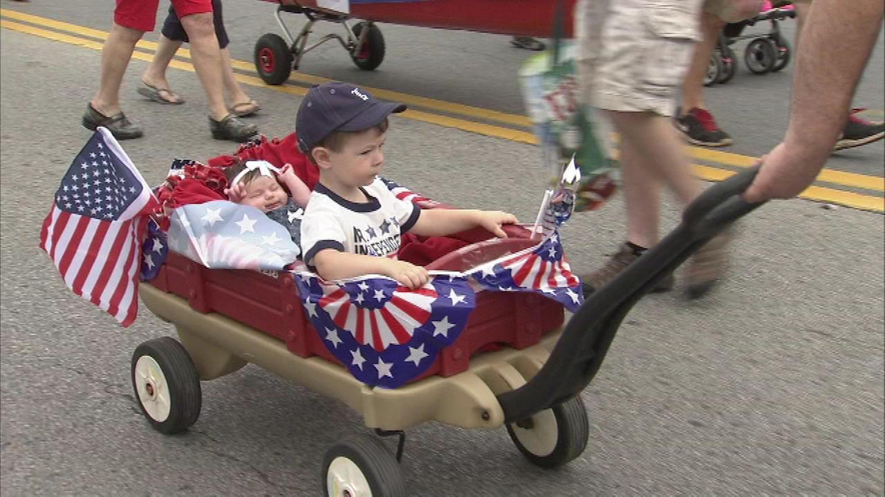 Locals and visitors celebrate Fourth of July across the Delaware Valley.