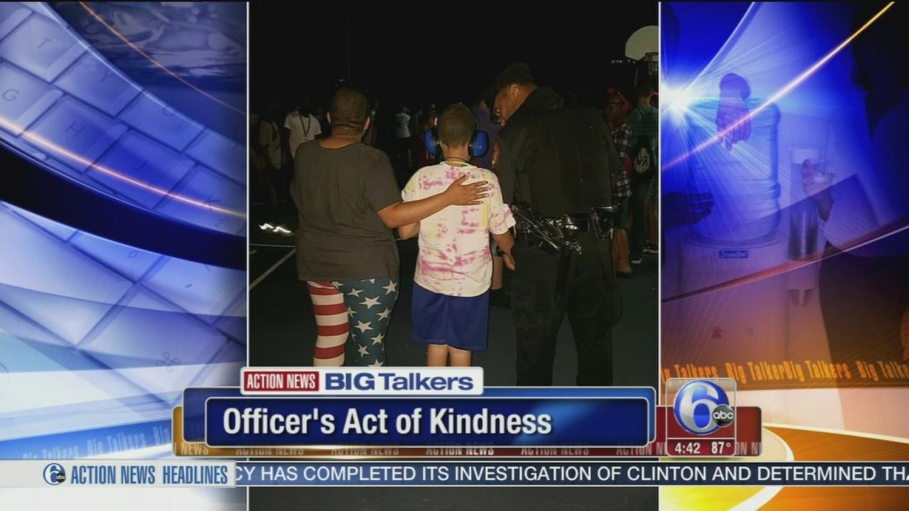 VIDEO: Montco officers act of kindness goes viral