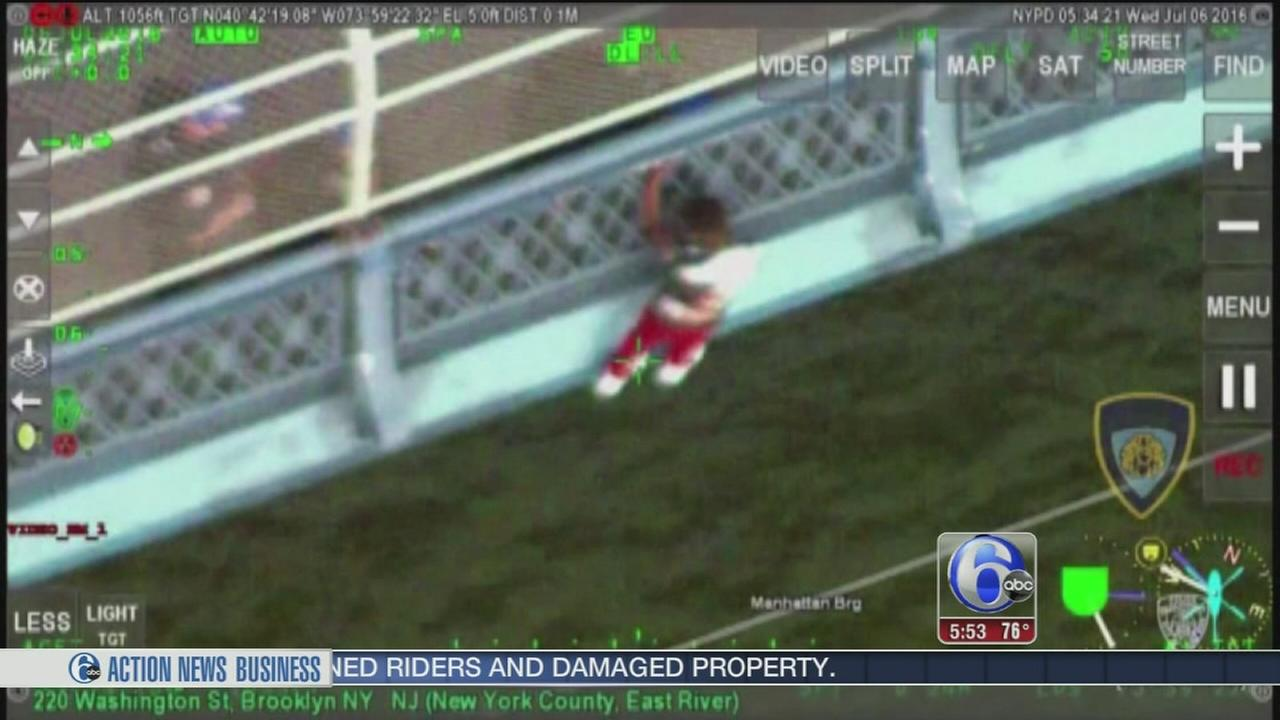 VIDEO: Young man rescued from New York bridge
