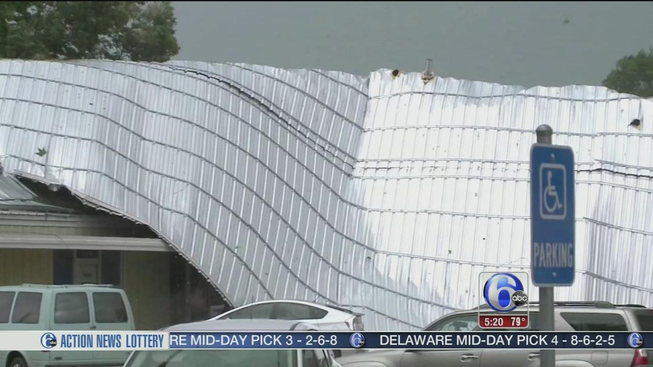 VIDEO:Roof tore off building by gusty winds