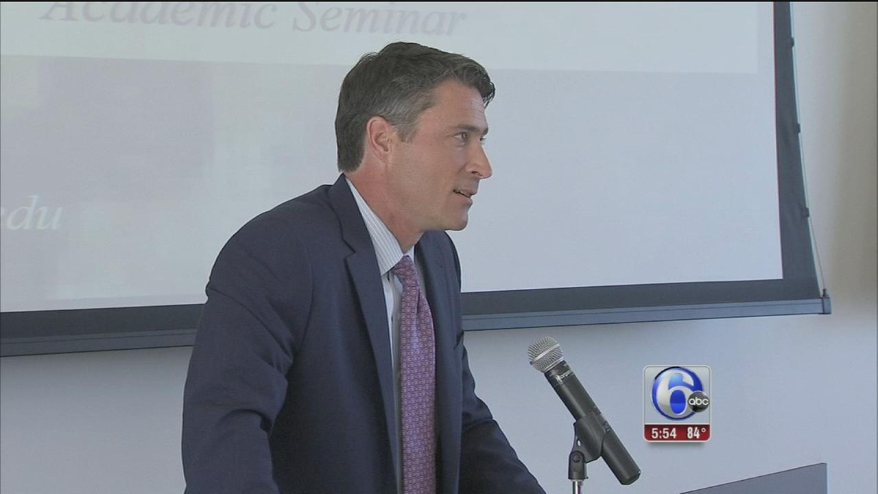 Matt ODonnell leads Academic Seminar