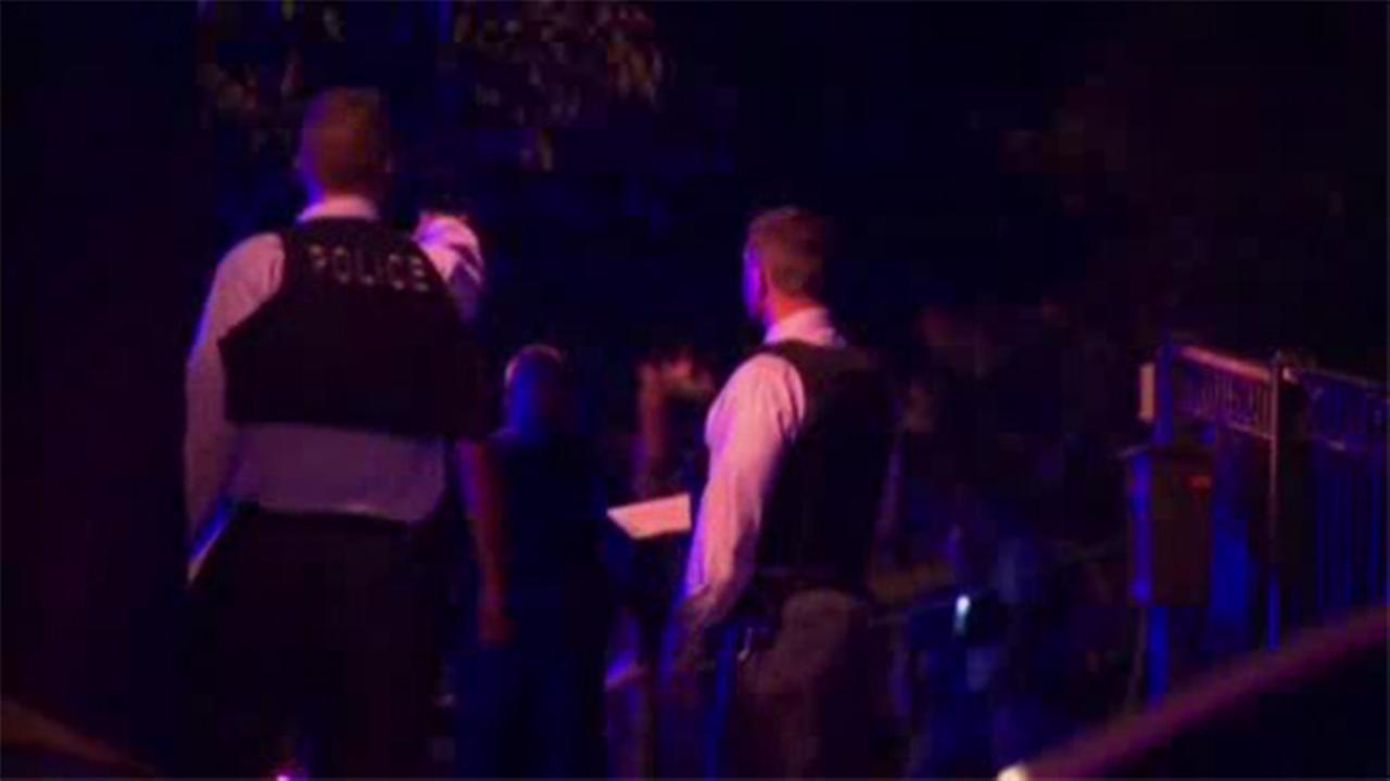 Chicago officer shot, suspect killed in exchange of gunfire