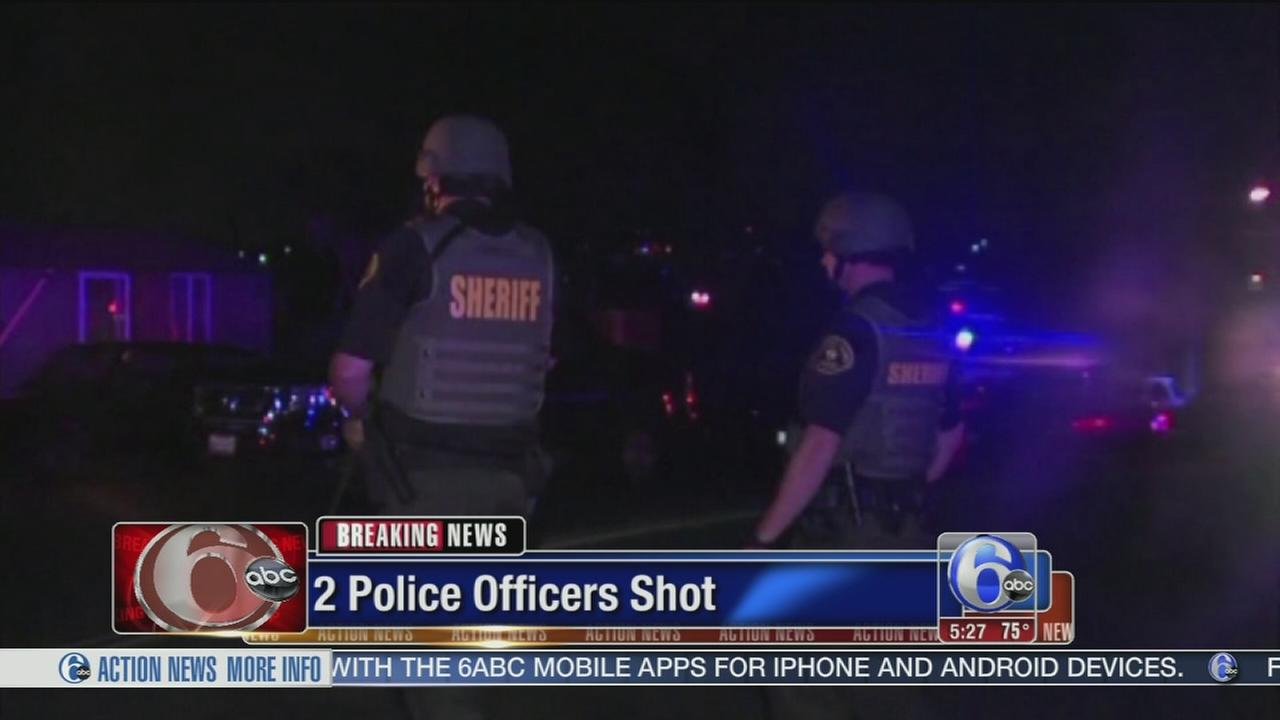 VIDEO: Police: 2 San Diego police officers shot