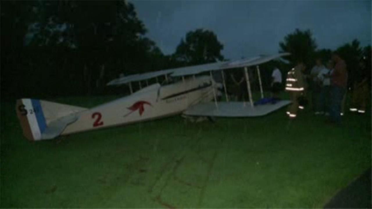 Plane makes emergency landing on Pa. golf course