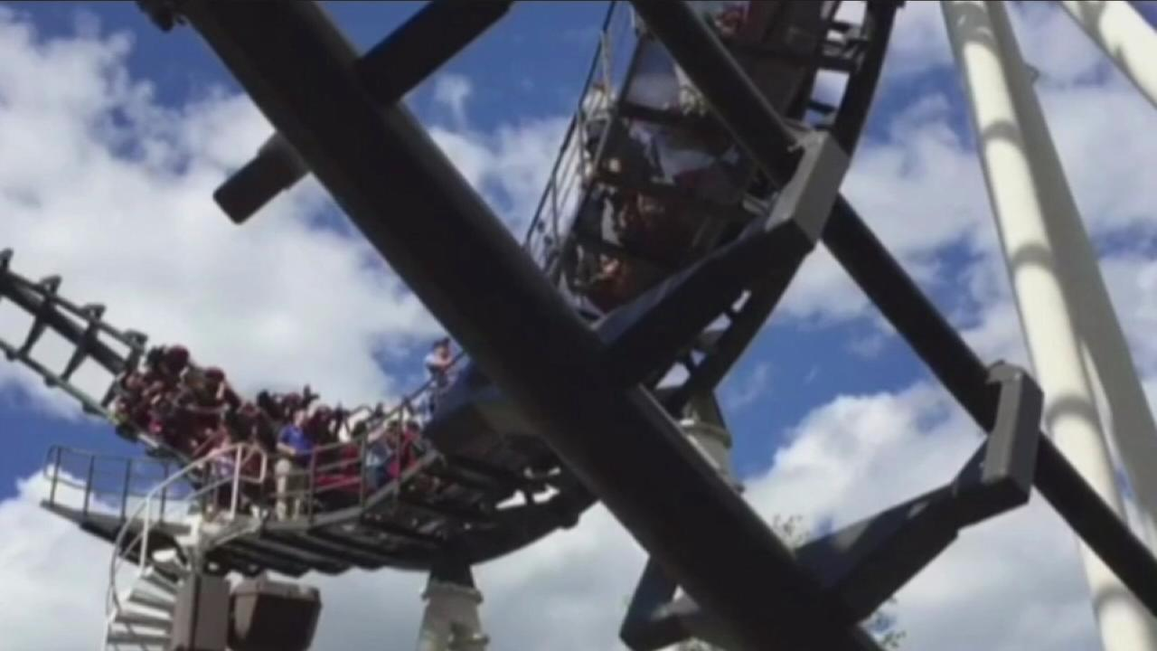 VIDEO: Roller coaster gets stuck at Hersheypark