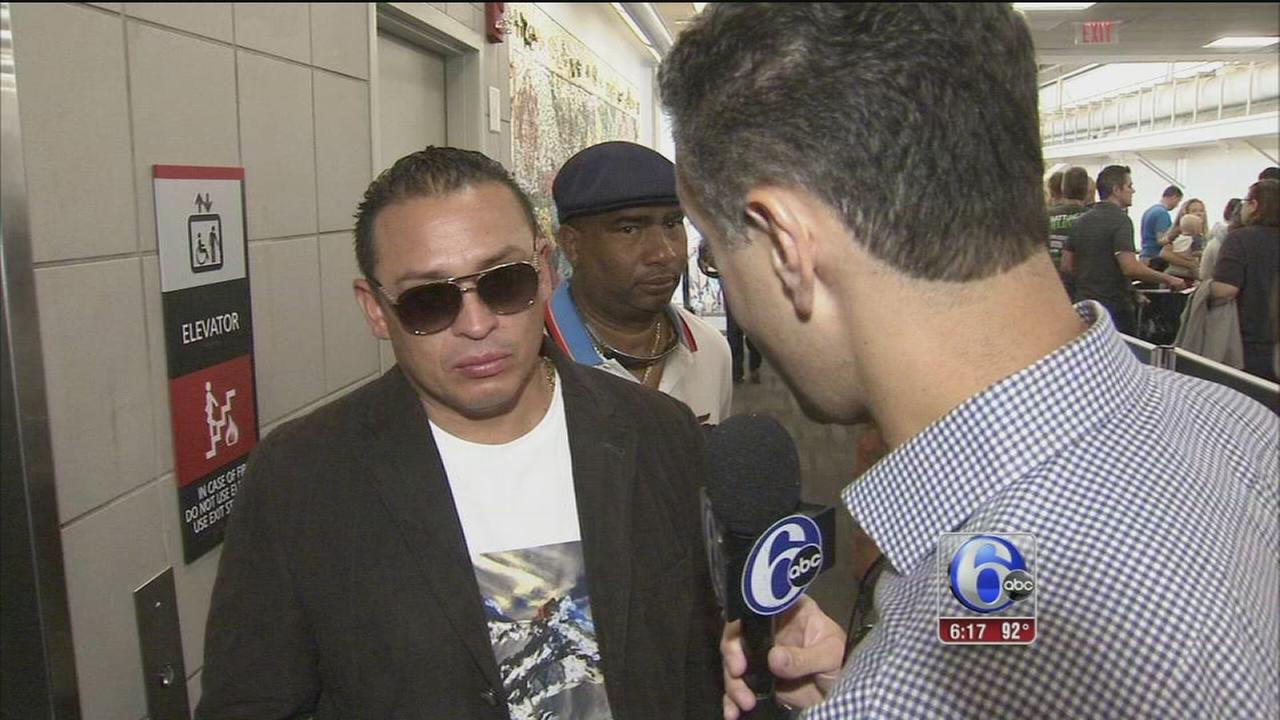 VIDEO: Carlos Ruiz talks with Jeff Skversky