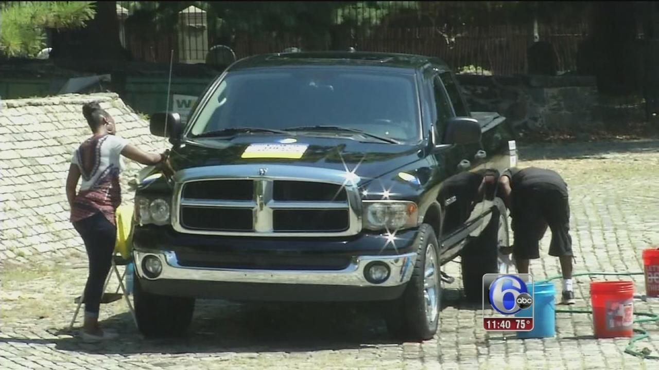 VIDEO: Kids wash cars in Wilmington for good cause