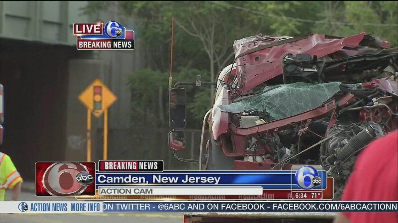 VIDEO: Car crashes into homes, parked cars in Camden