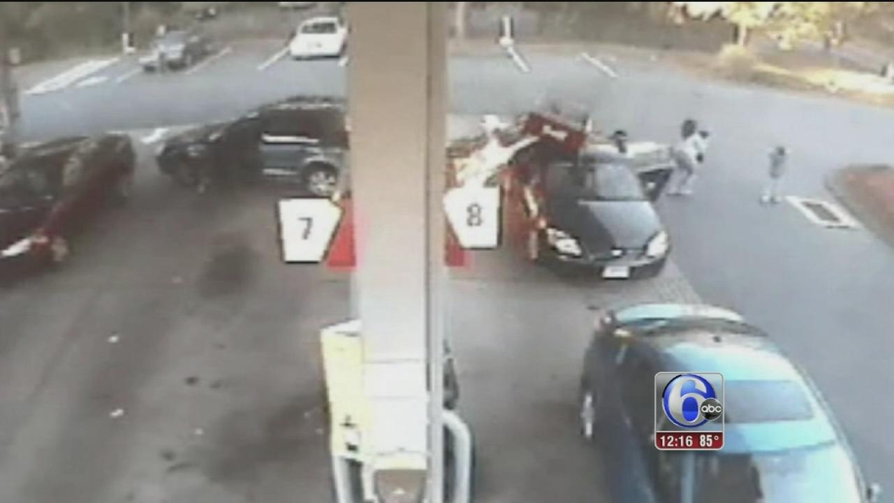 VIDEO: Gas station inferno