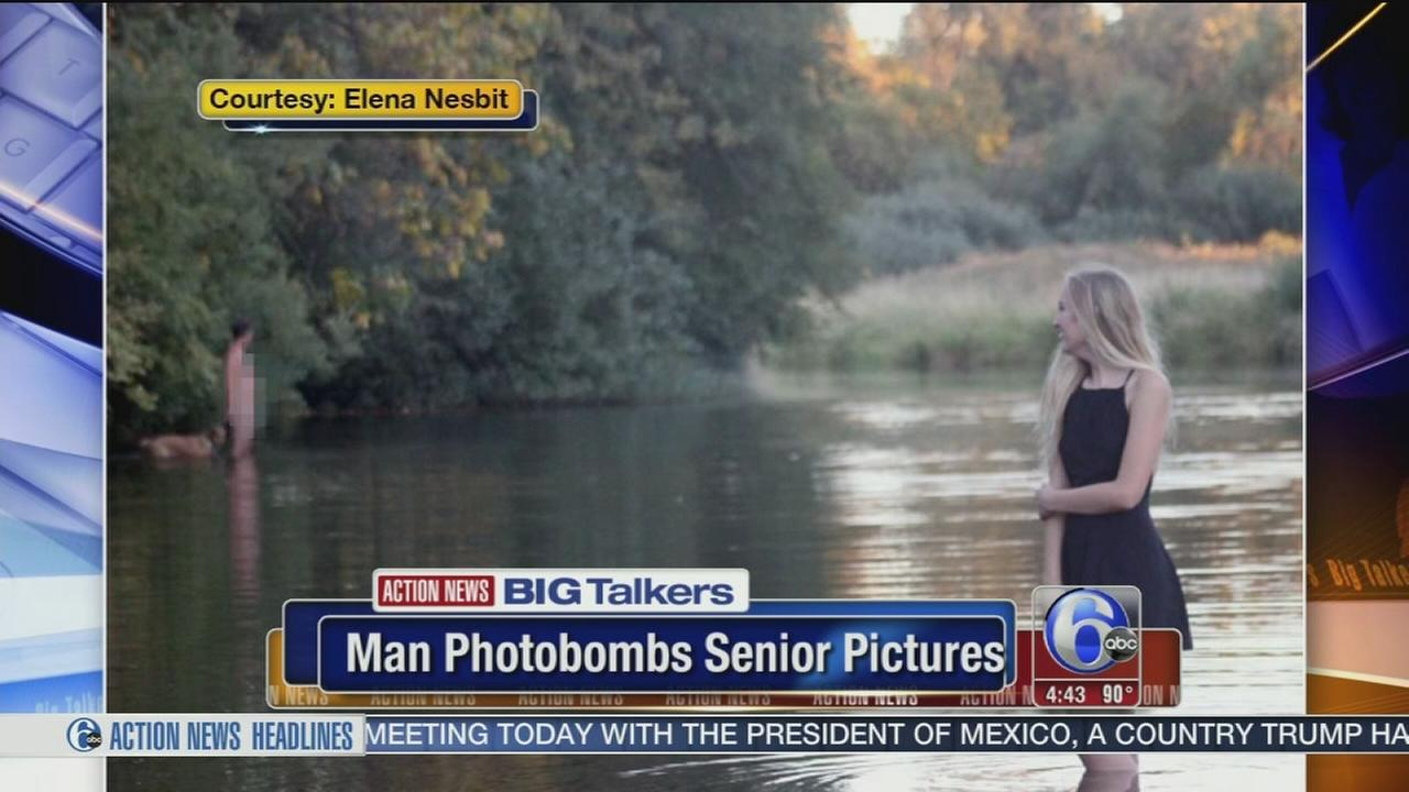 VIDEO: Naked man photobombs teens senior photos